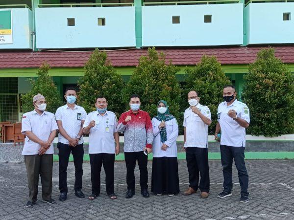 Silaturahmi Kepala Kantor Kementerian Agama Kota Jakarta Timur ke MIN 21 Jakarta